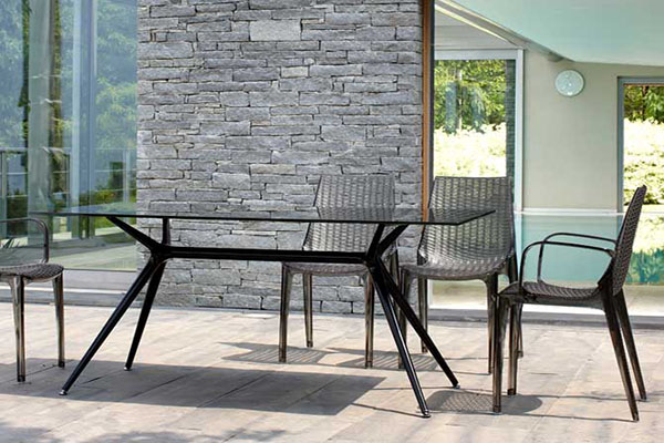 outdoor cafe restaurant furniture