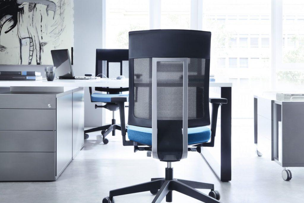 xenon chair from bracken office interiors